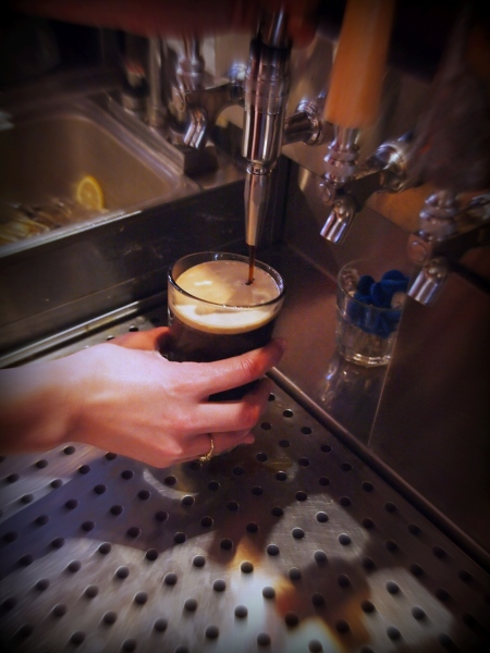 Bishop's Breakfast Stout from Oliver Brewing (of Baltimore, Maryland),   Infused with a mixture of mostly nitrogen (N2)  and some carbon dioxide (CO2). (Photo and caption courtesy: Thomas Cizauskas)